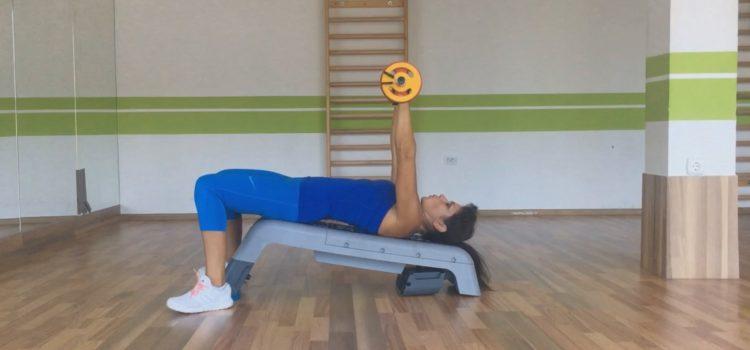Exerciții pentru piept