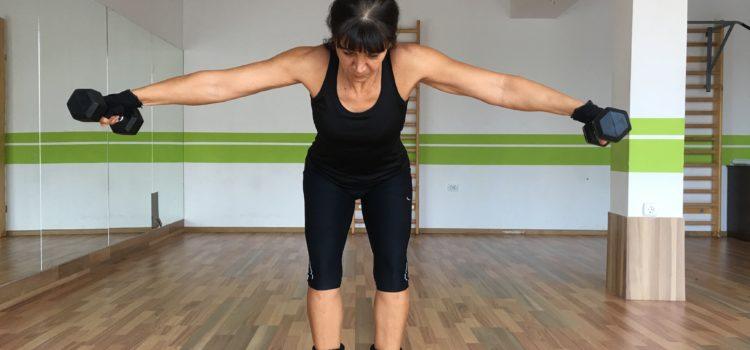 Exerciții pentru umeri